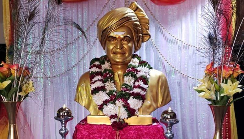 Idols of NTR in 100 theatres across Telugu states