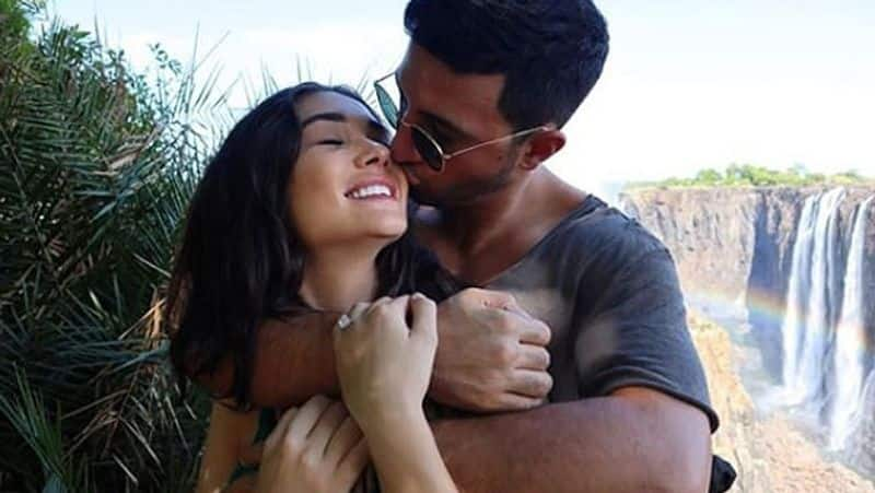 Amy Jackson, boyfriend George Panayiotou get engaged  in London (pics, videos inside)