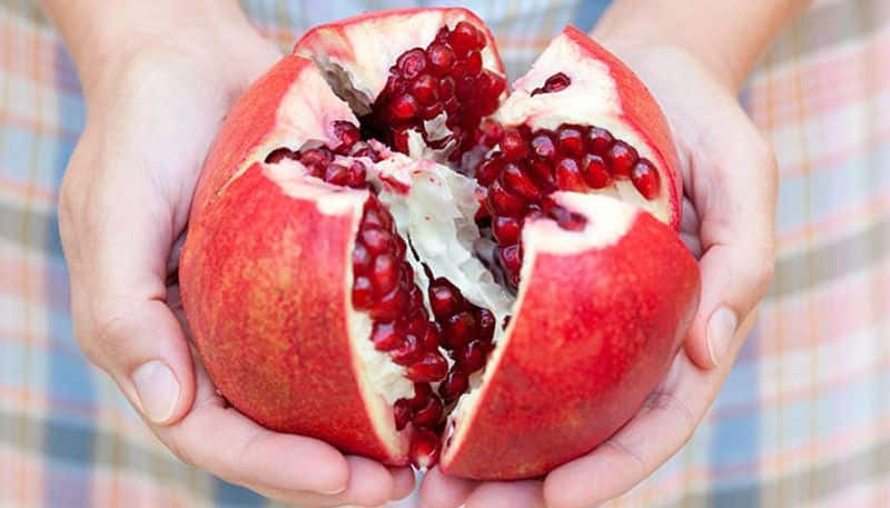 pomegranate is good for health and even prevent cancer growth