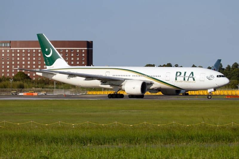Pakistan International Airlines bans in-flight entertainment on Saudi flights