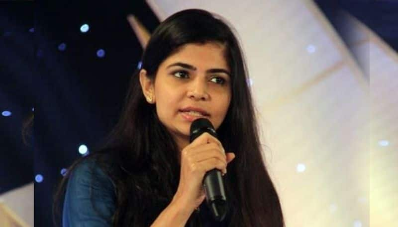 chinmayi share the awareness for boy students