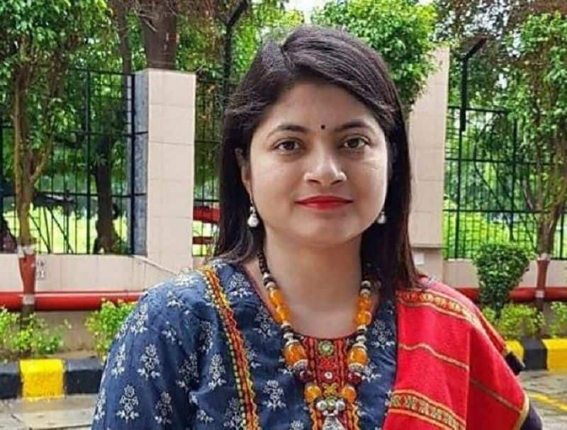 ED could interrogate to b.chandrakala  in 24 January with her 11 allies in lucknow