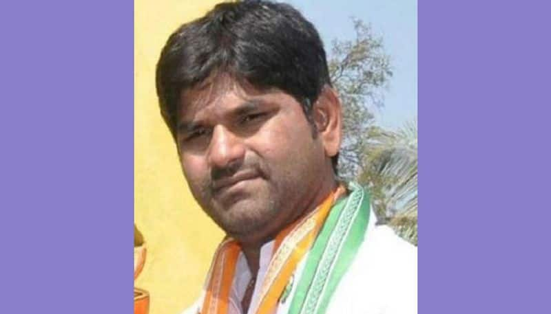 resort-fight-kampli-mla-jn-ganesh-suspends-from-congress Who gains who loses