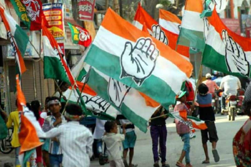 Congress leaded alleged bjp booked all charted plane and helicopter