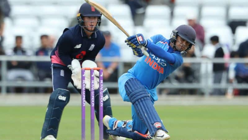 gambhir opens up next wicket keeping options for team india