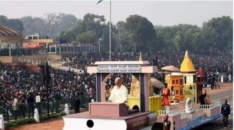 The color of Benaras, University and Ganga Ghat showing in Republic Day