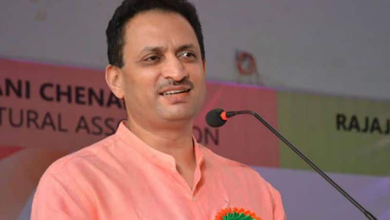 Anantkumar hegde is Alone No BJP leader is campaigning for him