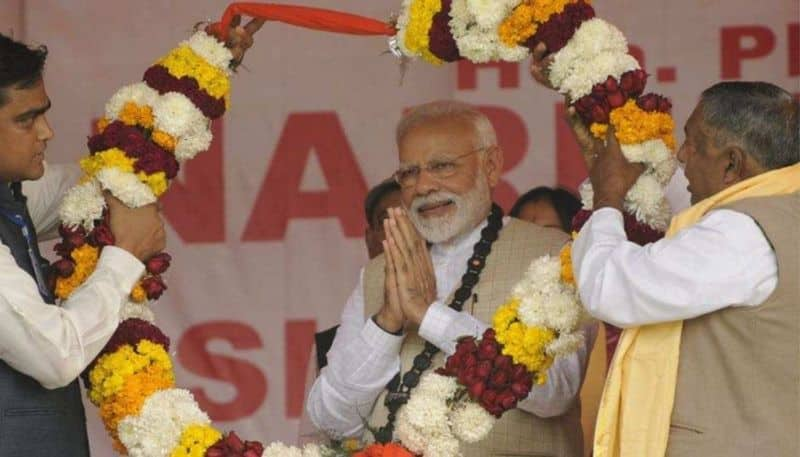 Modi in Bengal overwhelmed by cheering crowd seeks support for Citizenship Bill