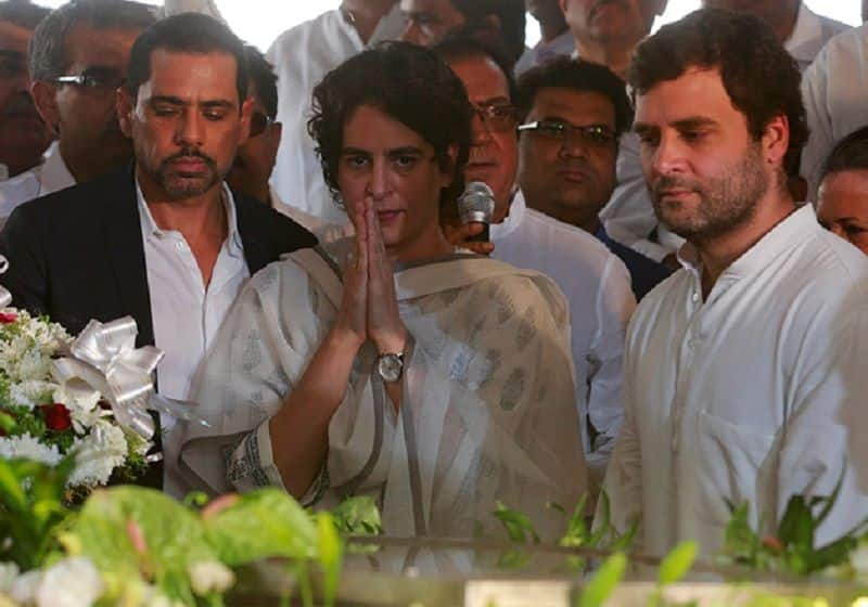 Priyanka Gandhi Vadra return from foreign, she meets to Rahul Gandhi and UP state leaders in Delhi