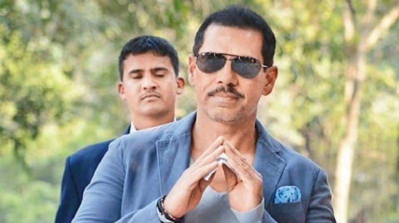 Robert Vadra reaches ED office with Priyanka Gandhi in tow, to be grilled over graft allegations