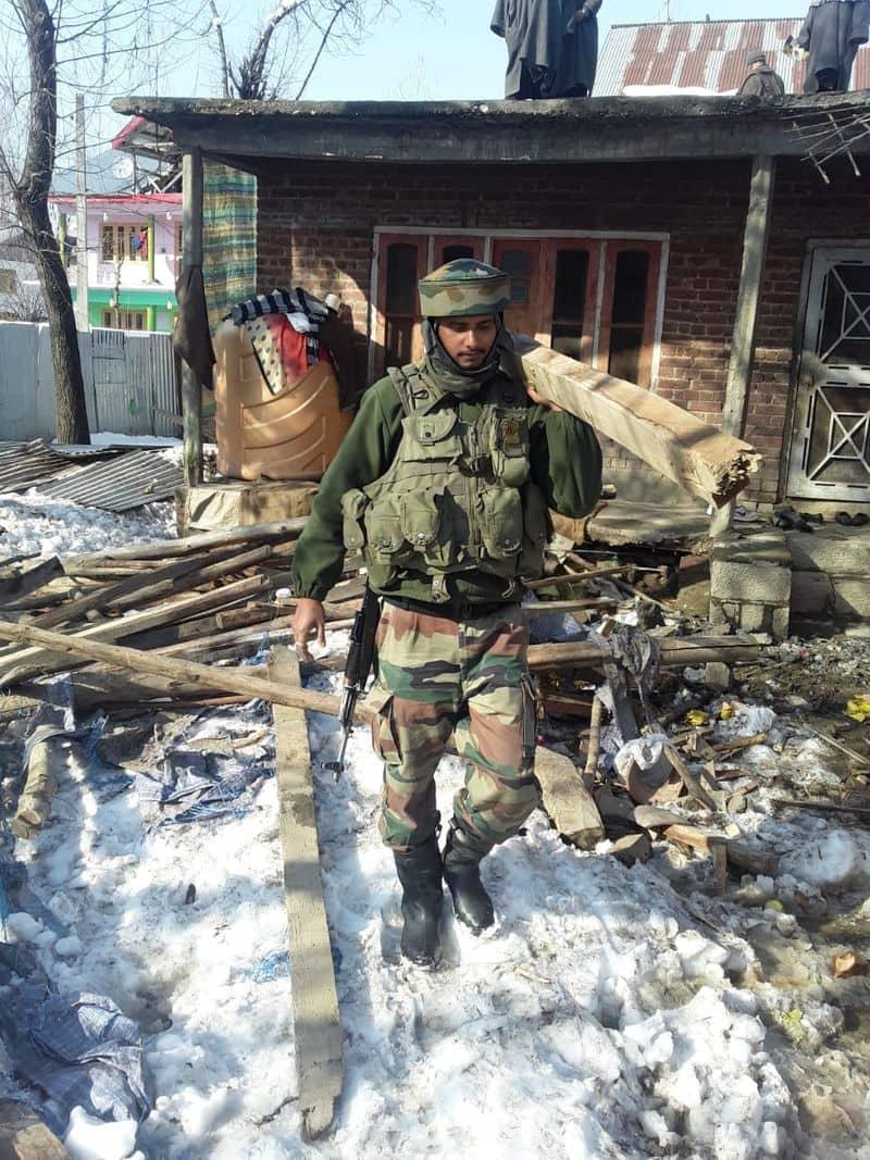 Heavy snow rain destroys house Army rescue 13RR