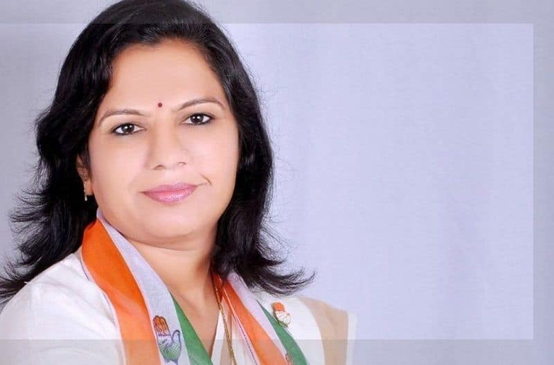 AshaBen Patel joined bjp and will contest election against Hardik patel in Gujarat