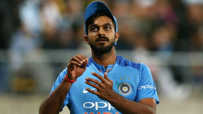 aakash chopra criticize indias team selection in second t20 against australia
