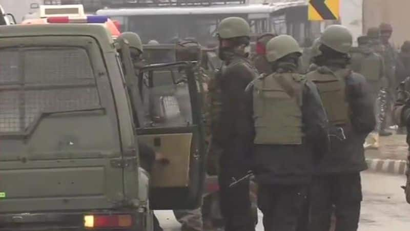 Officers to taste food first and distributed to jawans after 30 minute: CRPF on poison attack
