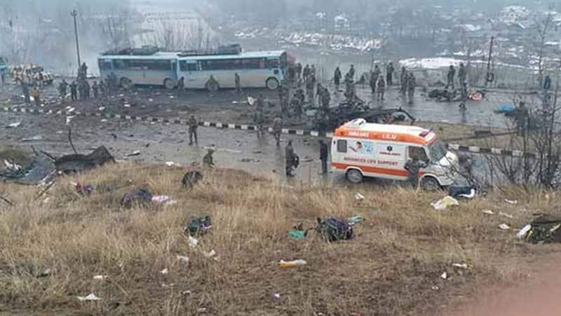 18 jawans martyred, 50 civilians injured in terror attack by Jaish-e-Mohammed on CRPF bus