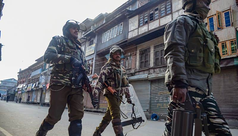 Home Ministry authorise air travel for CAPF personnel in Jammu and Kashmir After Pulwama attack
