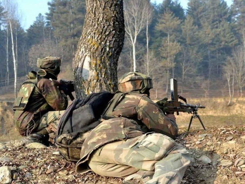 Jammu and Kashmir: Deputy SP Aman Thakur killed in Kulgam encounter, militants still hiding