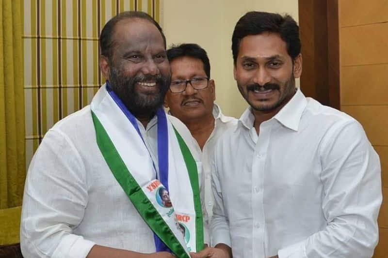 Within week Two mp from tdp quit party and join ysr congress in Andhra pradesh