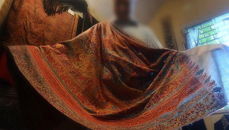 Post-Pulwama, Kashmiri shawl, dry fruit sellers under Intelligence Bureau scanner for suspicious activities