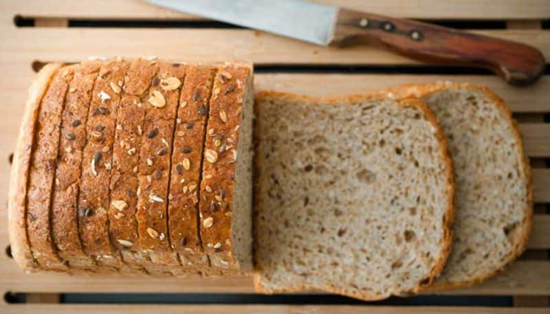 White or brown bread which is the most nutritious and beneficial BDD