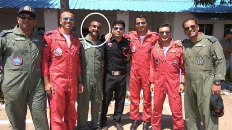 Wing commander Abinandan Vardhman will back from Pakistan, will welcome like knightly