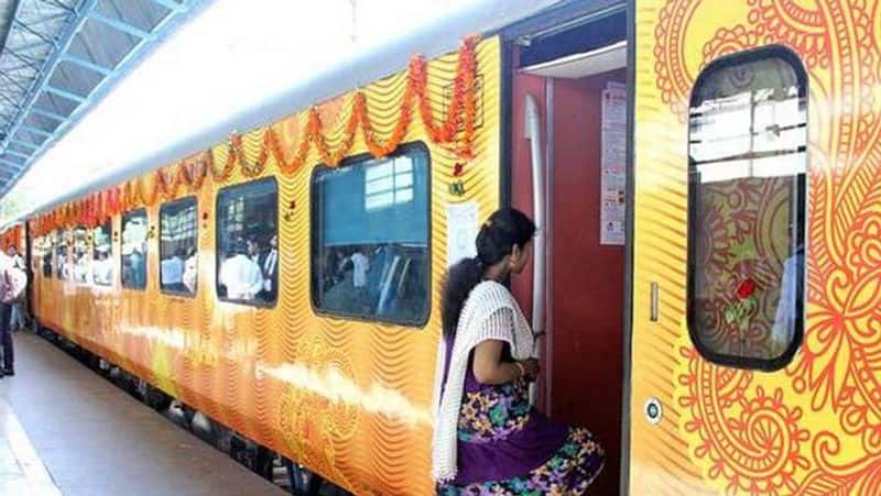 Delhi-Lucknow Tejas Express to chug as first train run by private players