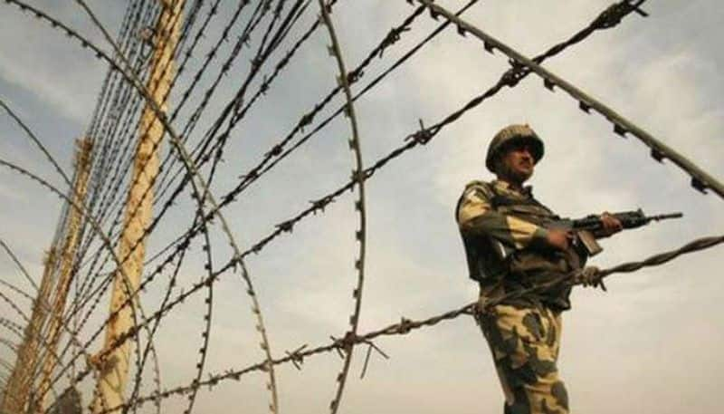 Pakistan violates ceasefire along LoC, targets villages and army posts