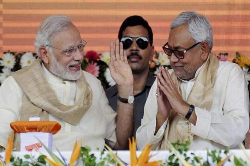 NDA mega rally today in Patna, after 10 years Nitish and Modi share political platform