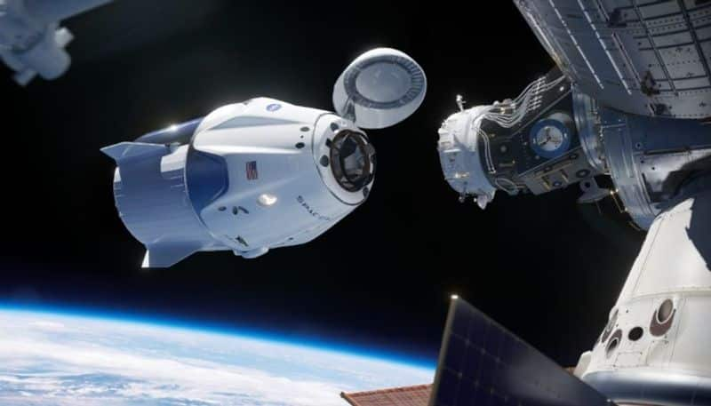 SpaceX all civilian orbital crew returns safely to Earth