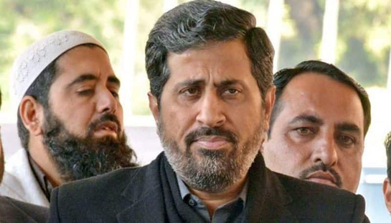 Pakistanis trend #SackFayazChohan for anti-Hindu speech, shame Imran
