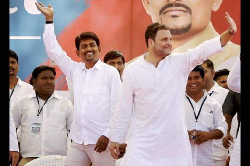 Congress MLA alpesh Thakor may join bjp, likely to be minister in Gujarat cabinet