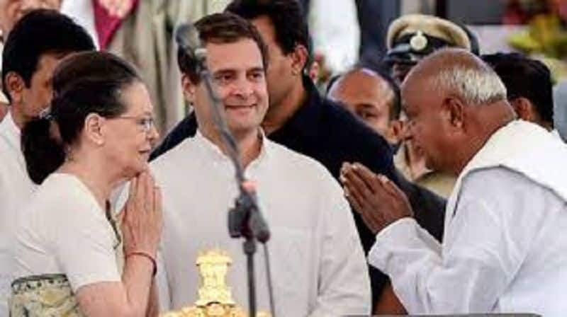 Seat sharing formula could not finalise among congress and his alliance partner in Karnataka and west Bengal