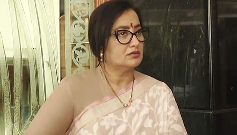 Election 2019 Ambareesh wife Sumalatha discourteous JDS leader