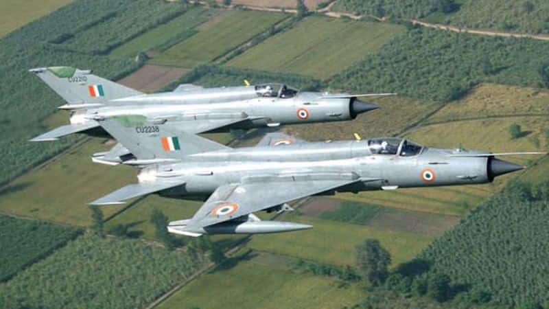 Thanks to 'flying coffin' MiGs, India lose more pilots during peacetime than war