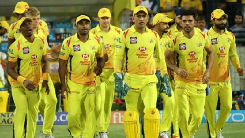 mitchell johnson predicts play off contenders of ipl 2019