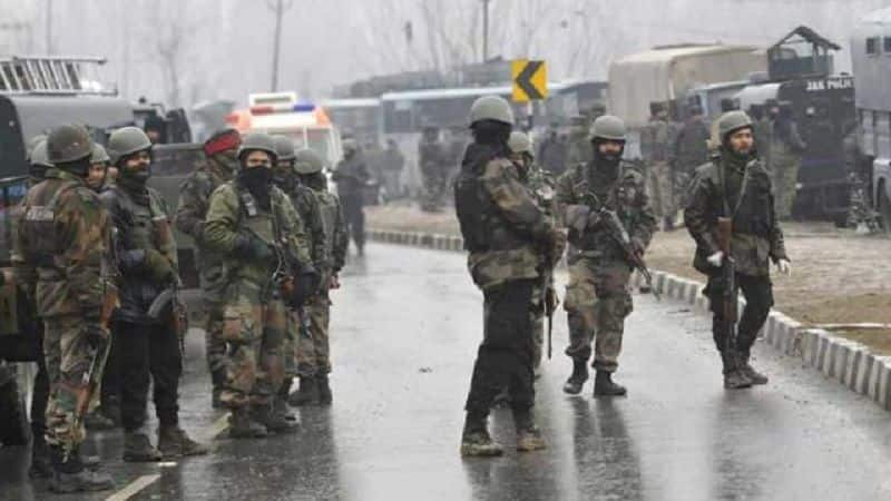 Security forces killed two terrorists in Jammu-Kashmir, terrorists have hostage local people in Kashmir