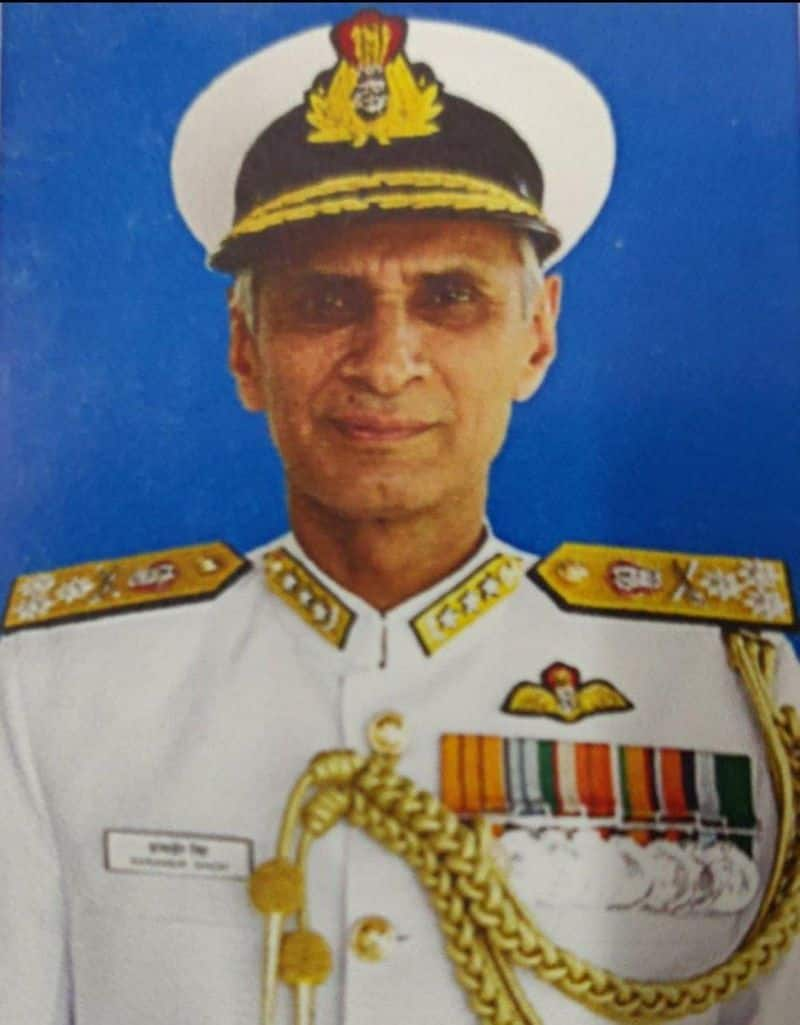 Vice admiral karmveer singh will become new naval chief