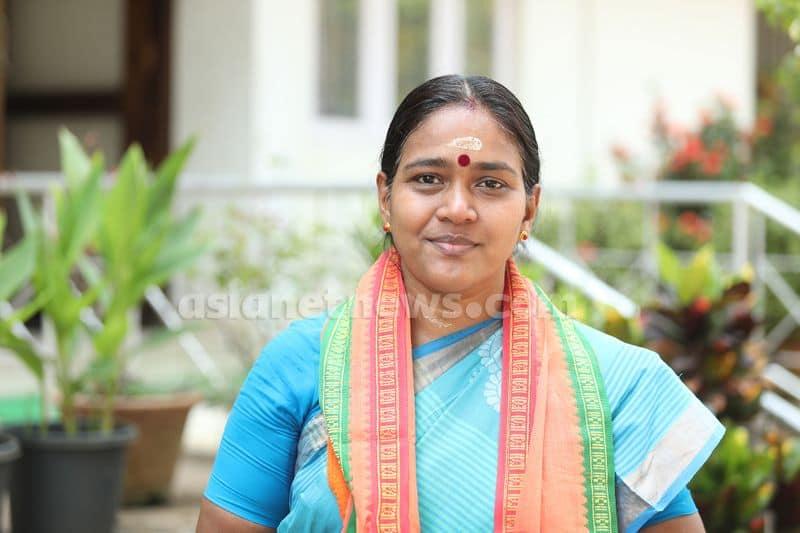 Shobha surendran to contest in kazhakoottam