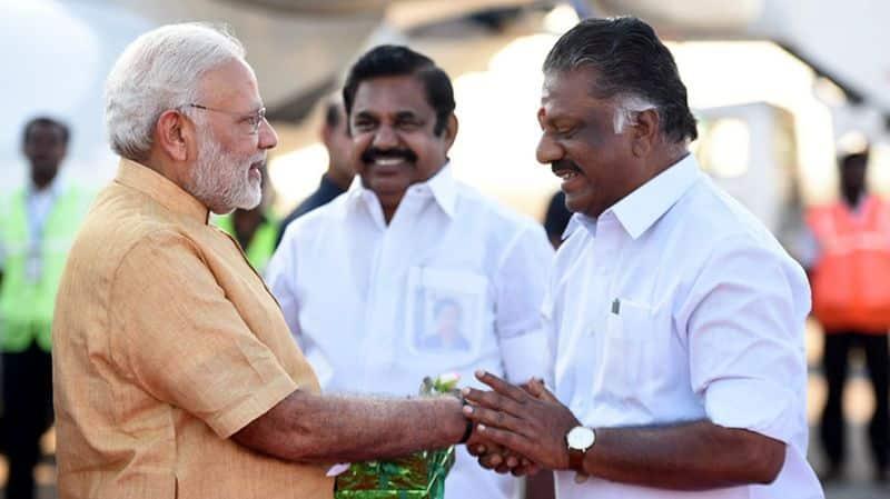 TTV Dhinakaran confident on admk government falling