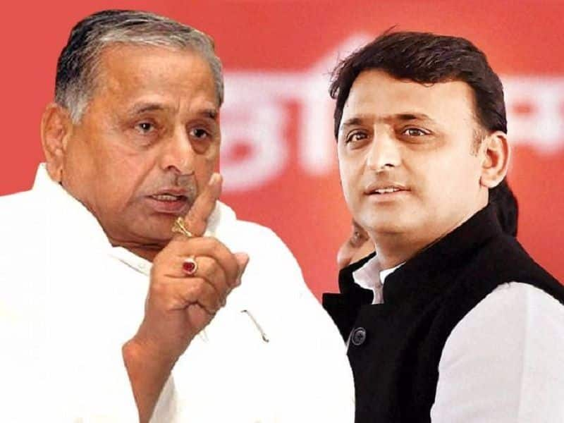 Supreme Court asks CBI to file all documents related to Mulayam Singh Yadav, Akhilesh disproportionate asset case