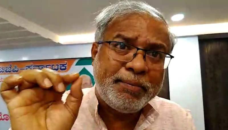 Top BJP leader Suresh Kumar seeks arrest Congress spokesperson Randeep Surjewala