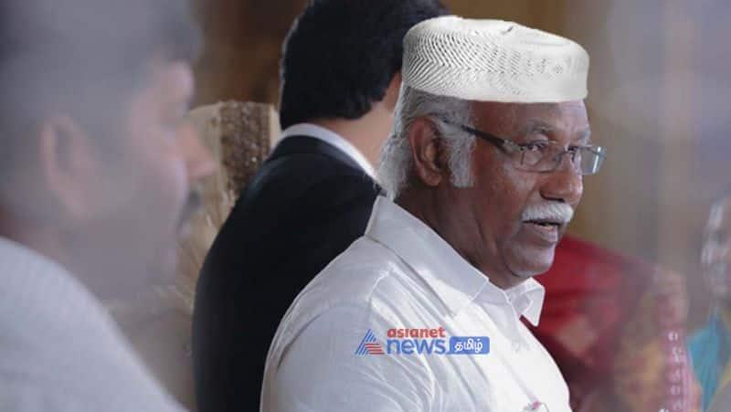Boiling Sellur Raju against former AIADMK MP Anwar Raja