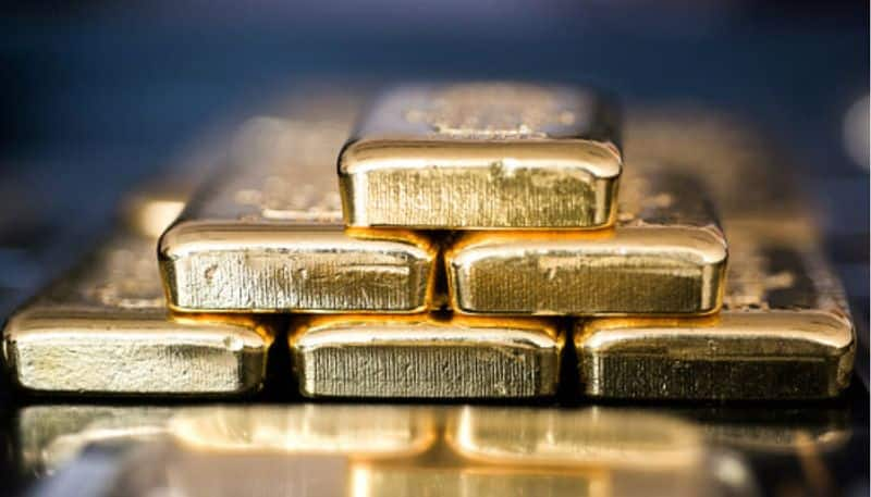Telangana: Customs officials arrest man for smuggling 33 gold bars in Hyderabad airport