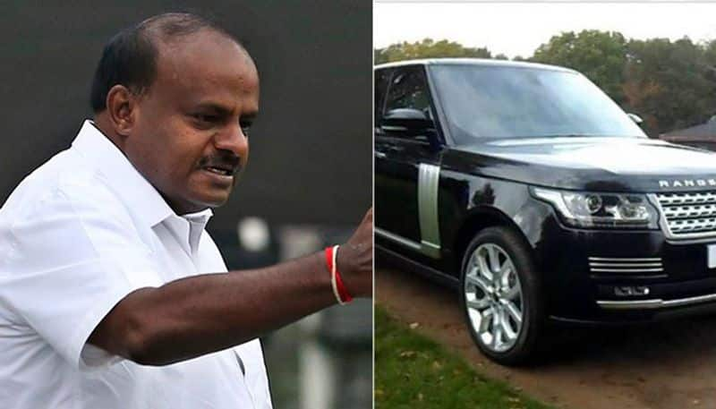 Karnataka chief minister Kumaraswamy escapes fire accident