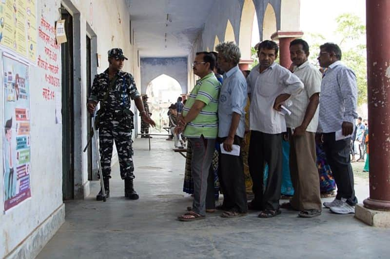 Fate of Uttar Pradesh bigwigs to be decided today 24 percent polling recorded before 11 AM