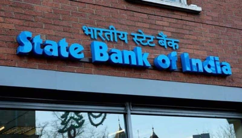 Rs 411 crore loan defaulters flee country sbi complains to cbi