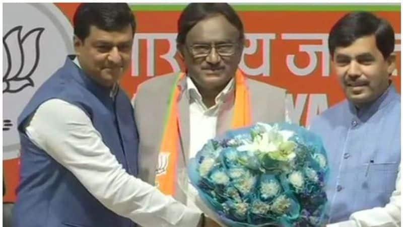 Kerala Congress leader Krishna Kumar joins BJP wants strengthen Modi leadership