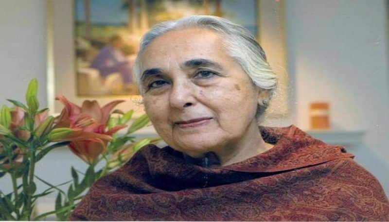 Padma Bhushan awardee Romila Thapar not willing to share her CV with JNU admin; Twitter erupts