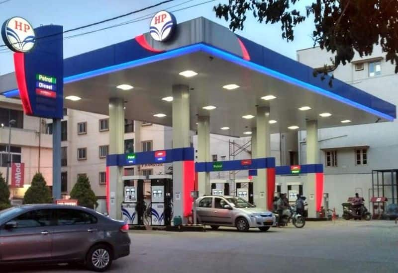 petrol pump owners struggle to pay oil companies due to yes bank crisis