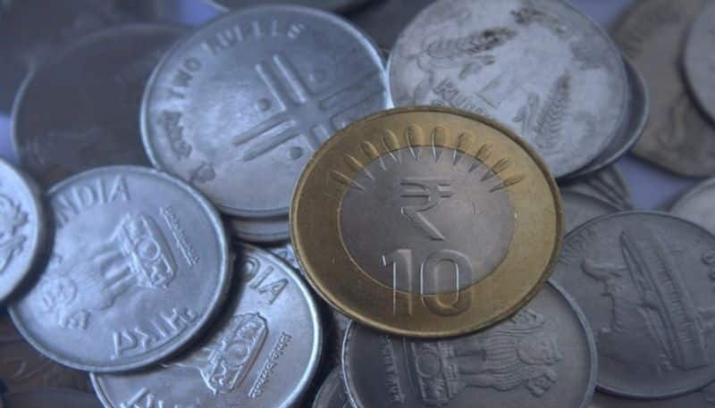 Rupee suffers biggest slump in 6 years, crashes by 113 paise